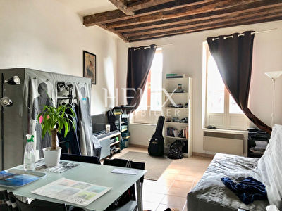 A louer appartement saint germain en laye 24 m 683 for Location maison saint germain en laye